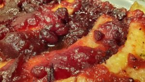 bananas and cranberries (adapted from old-time meatless recipes, 1955)