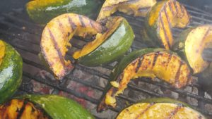 vanilla-maple grilled acorn squash (adapted from grill every day, 2007)